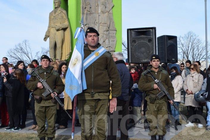 Cerca de 600 chicos juraron fidelidad a la bandera