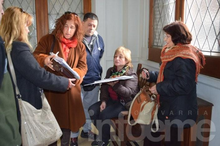 Amianto: dirigentes y padres de la Esc. Nº 49 se reunieron con el Intendente Eseverri