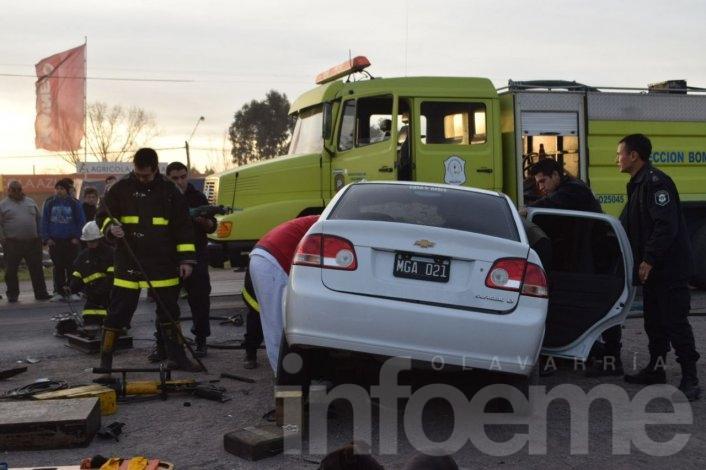 Ruta 3: Fuerte accidente en la entrada de Azul