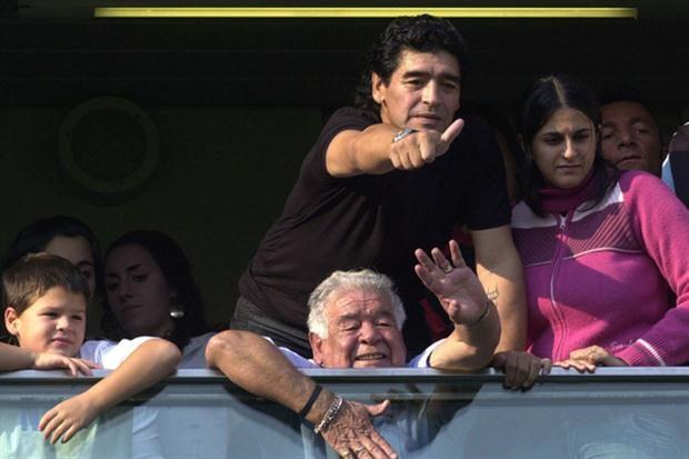 Falleció Don Diego Maradona