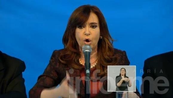 """Cristina, por cadena nacional: """"No se gobierna con chamuyo y globito"""""""