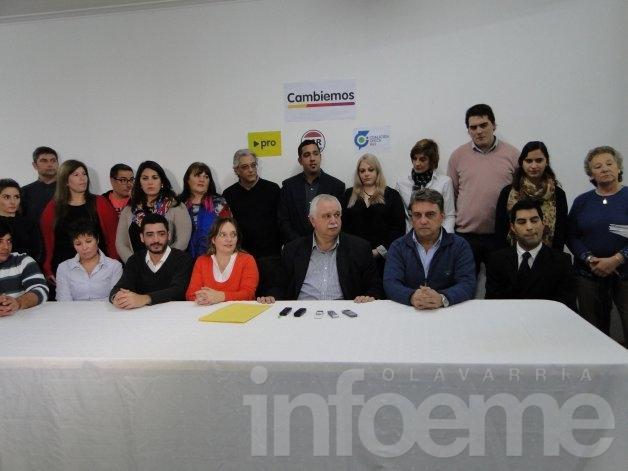 Presentaron la lista encabezada por Ernesto Cladera que competirá en Cambiemos