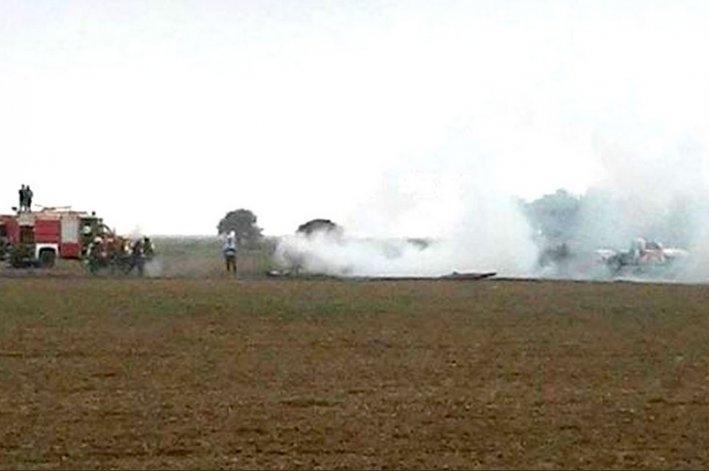 Cayó una avioneta militar en Córdoba: dos muertos