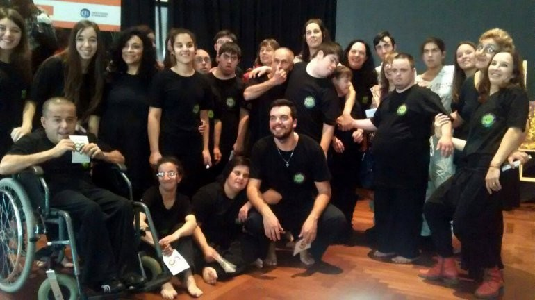 """""""Danzas sin Límites"""" participó en congreso internacional"""