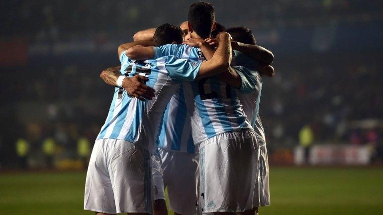 Argentina es finalista de la copa América tras golear a Paraguay