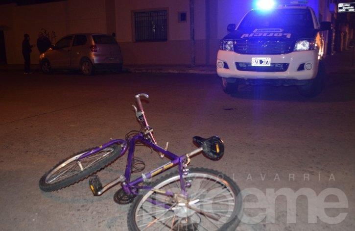 Joven ciclista atropellado por un auto
