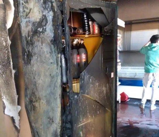 Incendio provocó importantes daños en comercio: se presume intencional
