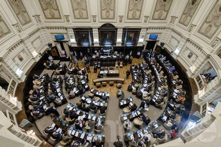 Diputados aprobó el límite a las reelecciones de intendentes