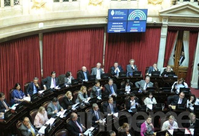 El Senado aprobó la ley de blanqueo y pago a jubilados