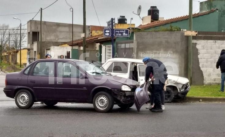 Barrio Ceco 2: fuerte choque entre dos autos