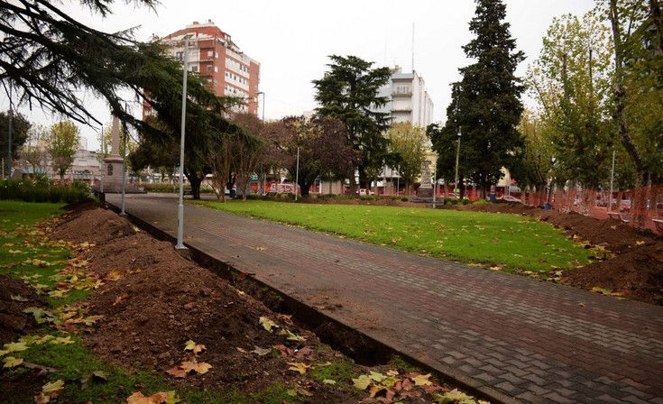 Nueva etapa de remodelación de la plaza central