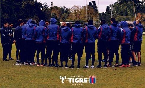 Tigre volvió a las prácticas con Lucas Janson en el plantel