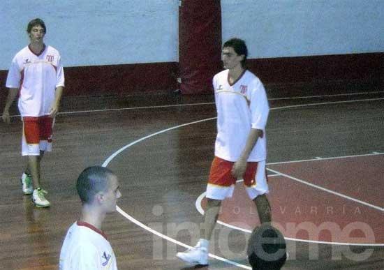 """""""Estudiantes tiene historia en el básquet y eso pesa"""""""