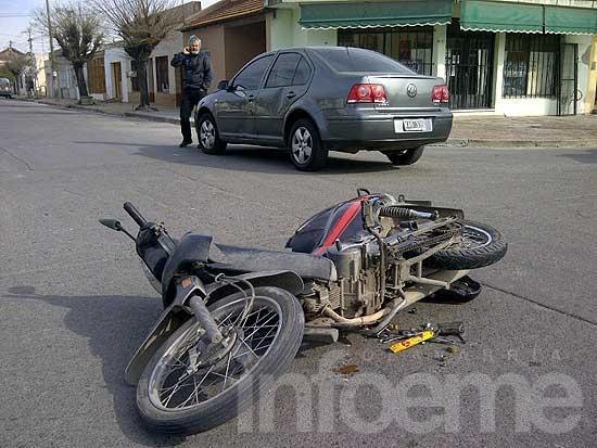 Un motociclista resultó herido en un choque