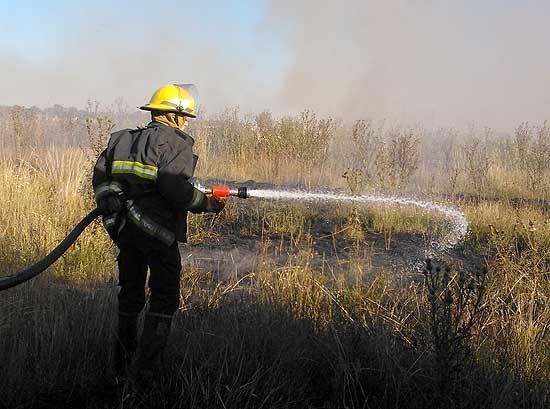 Bomberos recibió un equipo para incendios forestales