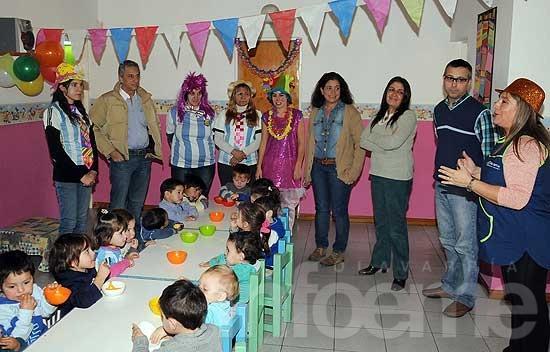 """Funcionarios visitaron el Jardín Maternal """"Rincón Feliz"""" en su día"""