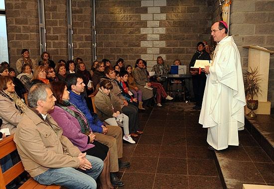 Celebraron la primera misa en la Capilla del Bicentenario