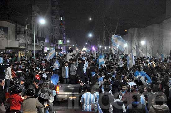 Argentina finalista: una multitud colmó el centro de la ciudad