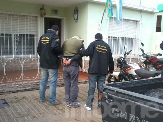 Un detenido por robo en una vivienda