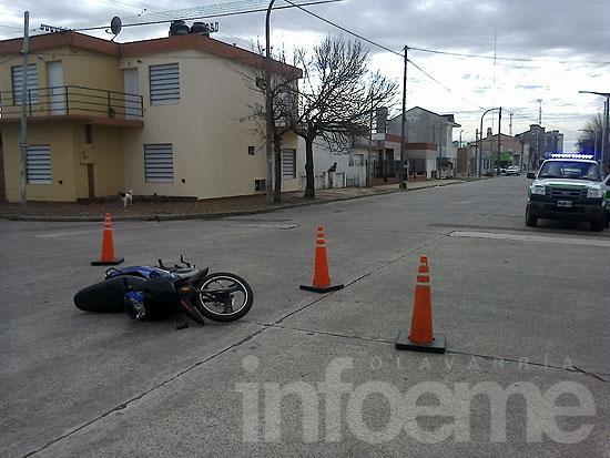 Motociclista herido en choque con camioneta