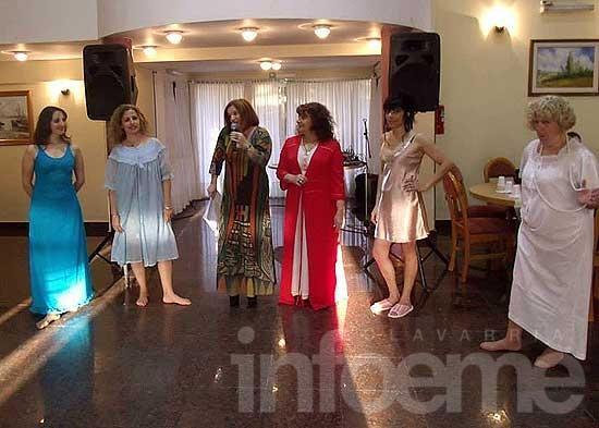 """""""Ellas al desnudo"""" en Villa Alfredo Fortabat"""