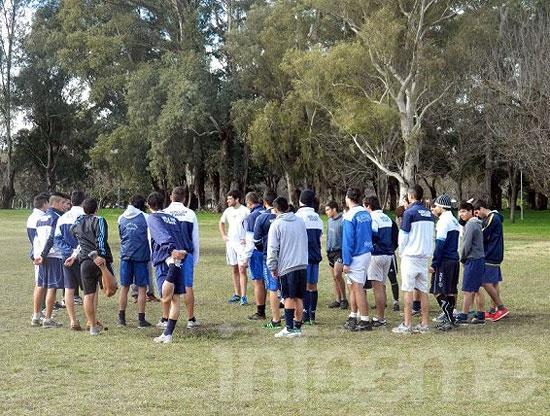 Racing solicitó una plaza en el Argentino A