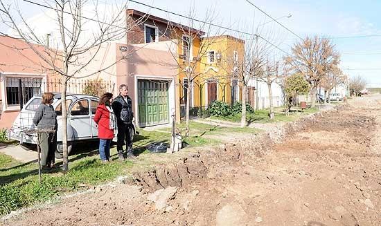 Comenzaron los trabajos de pavimentación en el barrio Nicolás Avellaneda