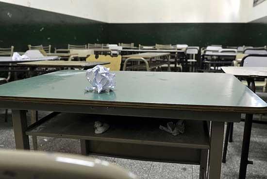 Provincia descontará el día a los docentes que hagan paro