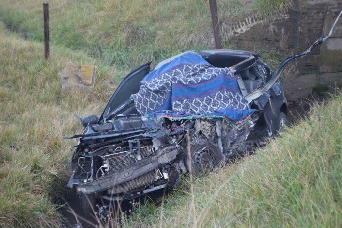 Fatal accidente, una mujer falleció en el cruce de las vías en el camino de Los Pueblos