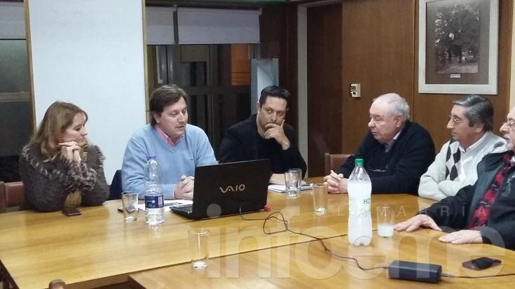 Santellán presentó sus propuestas en la Cámara Empresaria