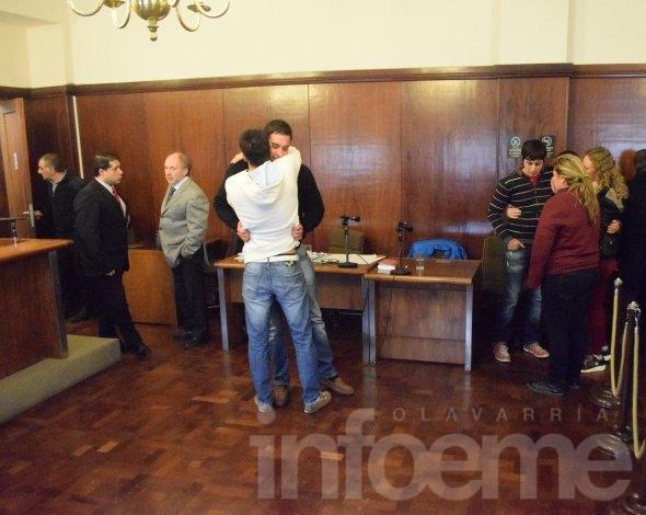 La viuda de Ortega se retiró de la sala al conocerse la absolución de Coria