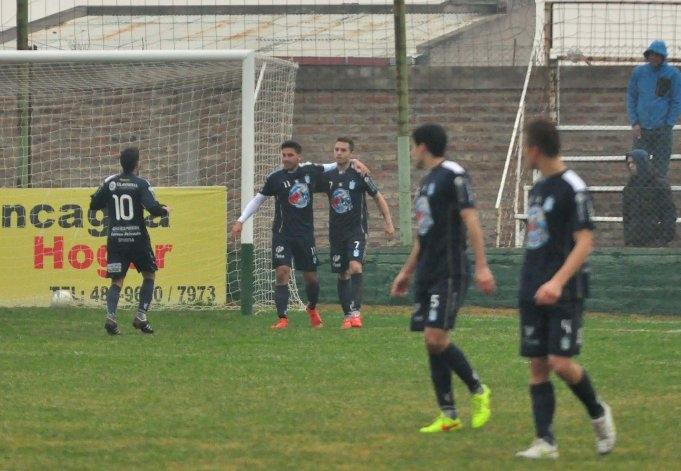 Ferro consiguió un gran triunfo en Bahía Blanca