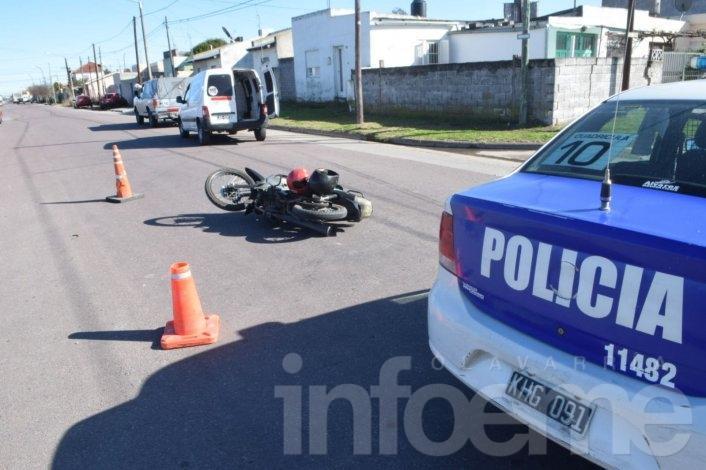 Una mujer y un niño heridos en accidente