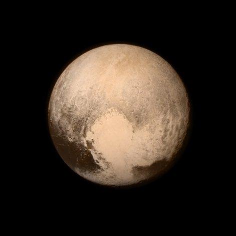 Plutón es más grande de lo que creían los científicos