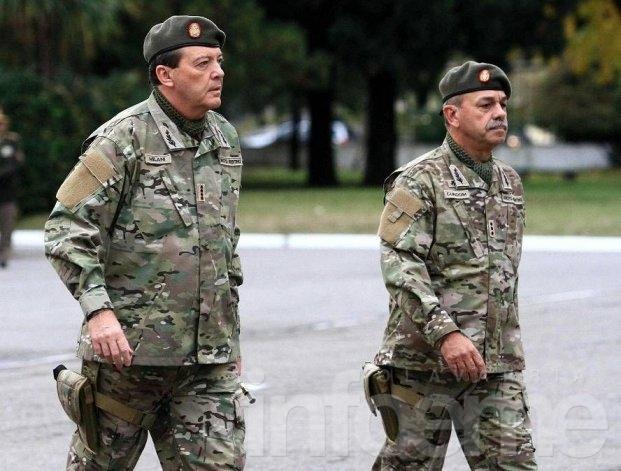 Denuncian que el nuevo jefe del ejército no quiso reprimir a los carapintadas