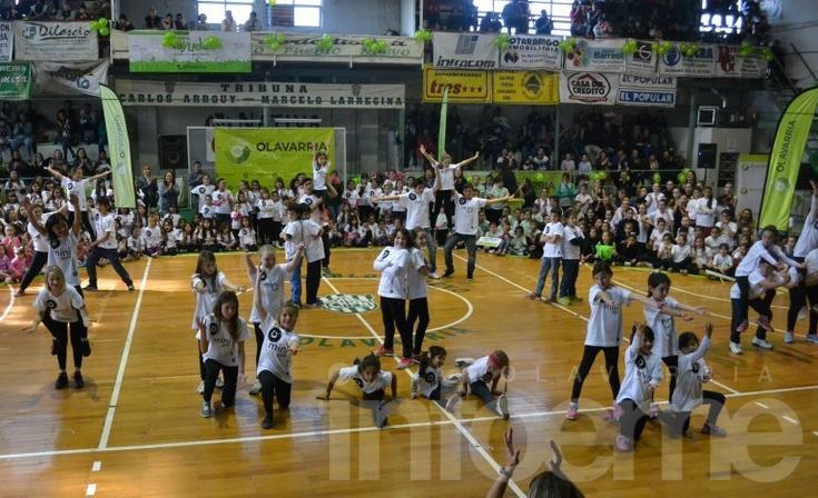 Pequeñas gimnastas se lucieron en el Mini Gym