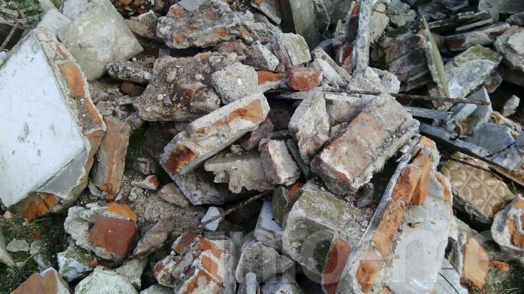 Vecinos encuentran desechos del cementerio y el Municipio explica