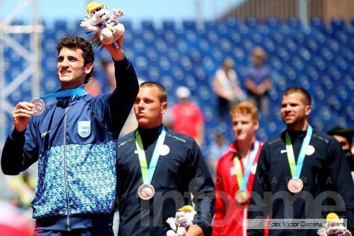 Chiaraviglio, medalla de plata en salto con garrocha