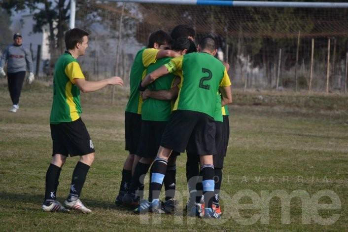 Villa Floresta y Mariano Moreno a la final