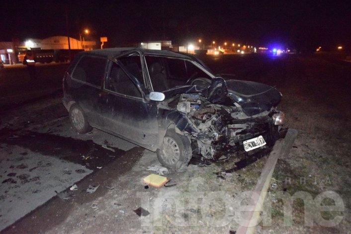 Cuatro heridos en un triple choque en el acceso a Villa Fortabat