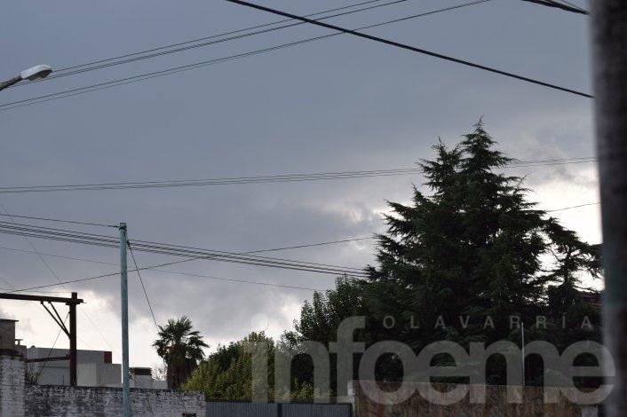 """Se terminó la """"mini primavera"""": rige un alerta meteorológico para el centro de la provincia"""