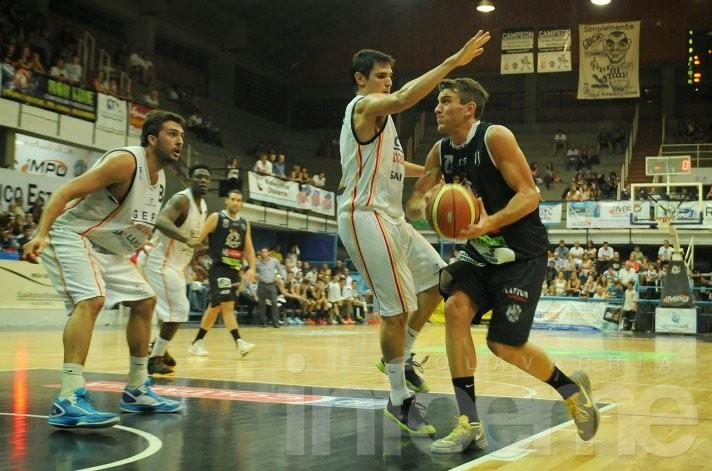 Estudiantes sigue abrochando nombres