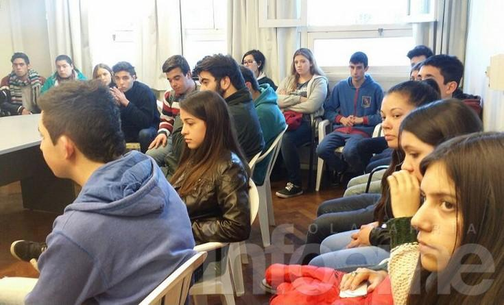 Concejales Estudiantiles recorrieron el edificio del HCD