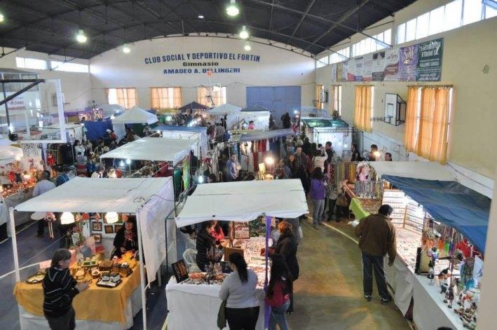 Feria nacional de artesanos y manualistas