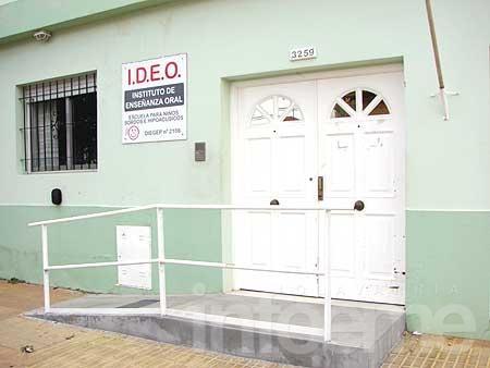 Feria a beneficio de IDEO
