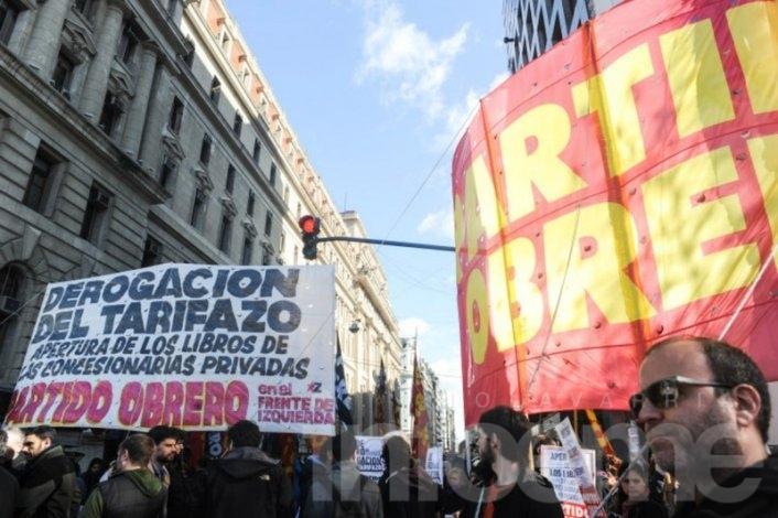 Partido Obrero junto firmas contra el tarifazo de servicios