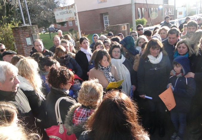 Manifestación y pedido de libertad del penitenciario detenido