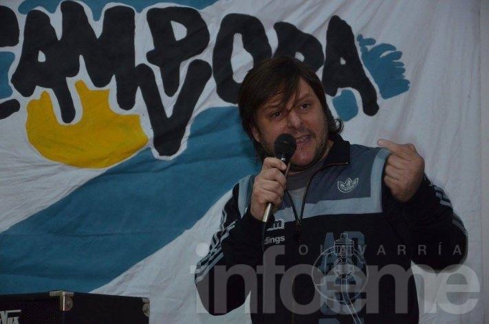 """Santoro: """"no discutimos con Macri sino con lo que representa"""""""