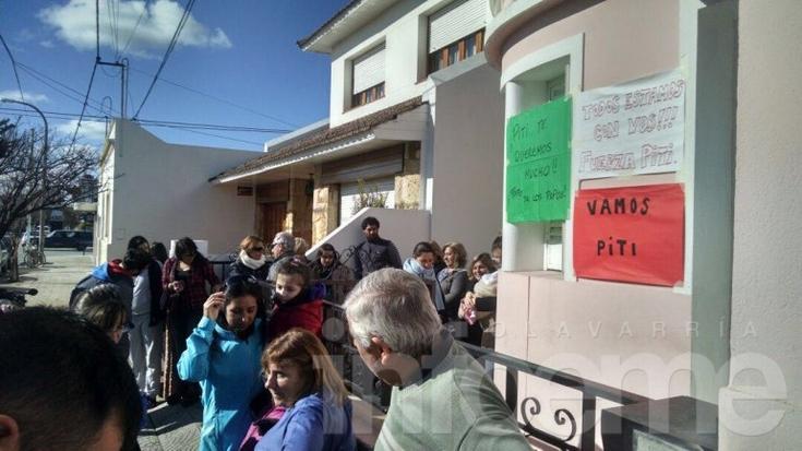 Familiares y amigos recibieron al penitenciario Paiz tras ser excarcelado