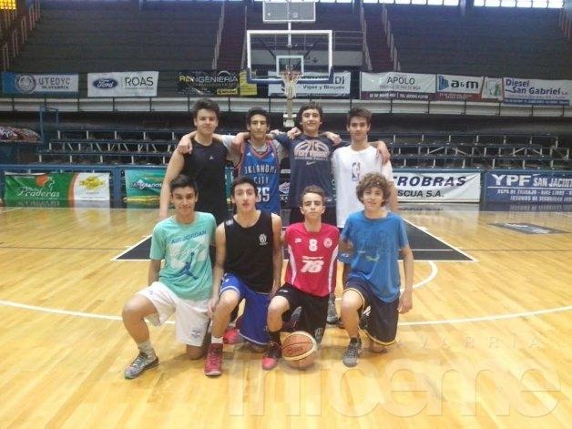 Estudiantes al torneo internacional